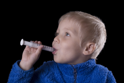 10-parenting-hacks-how-to-get-your-child-to-drink-yucky-medicine